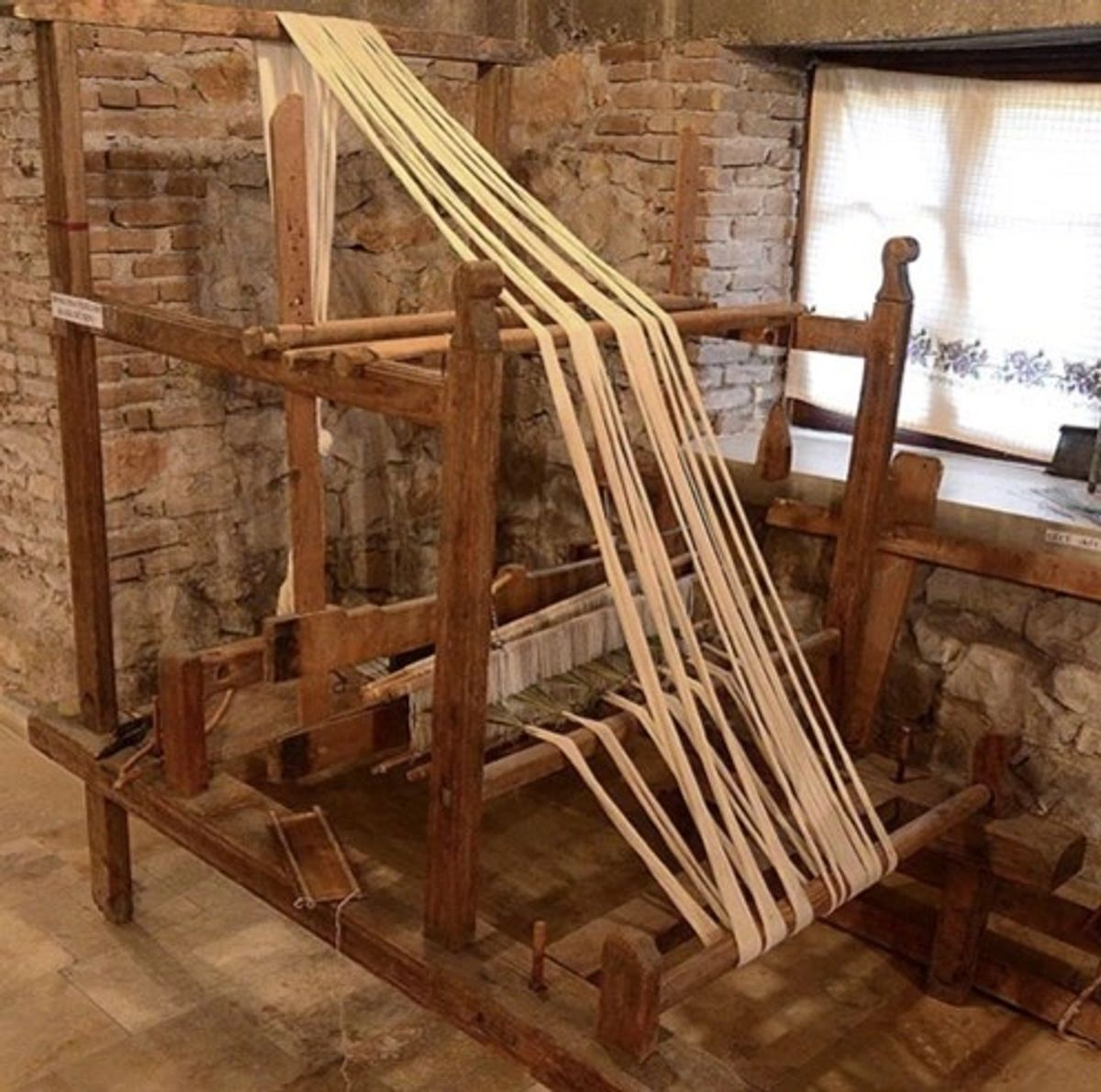 weaving table